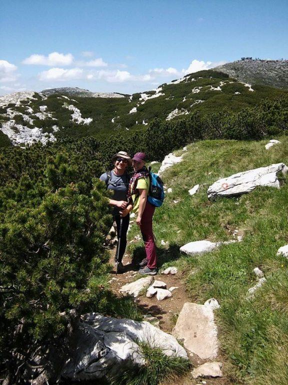 Slijepa Iva Šušak na putu za Sinjal na Dinari, najviši vrh Hrvatske