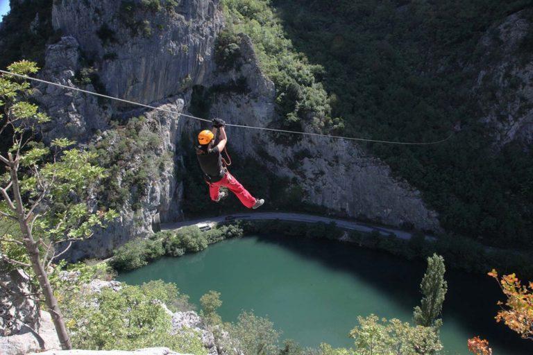 Zip line u kanjonu Cetine