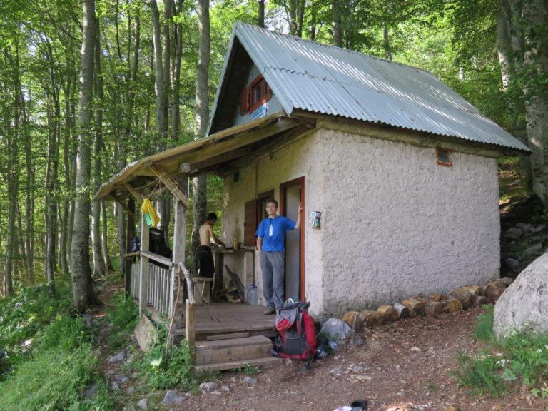 Planinarsko sklonište na Velebitu