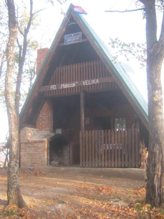 Planinarsko sklonište Mališčak na Papuku